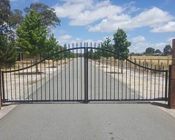 Double Swing Automatic Driveway Gates